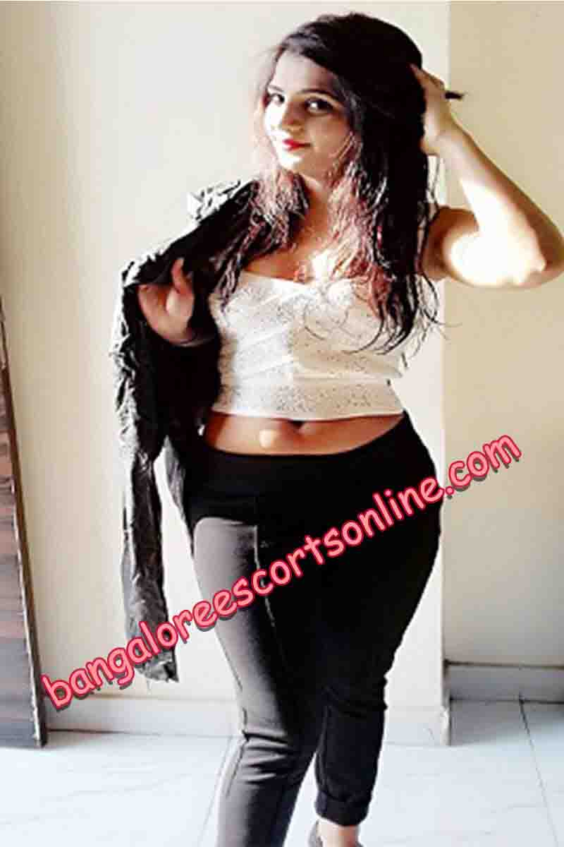 Ayushi Independent Bangalore Escorts